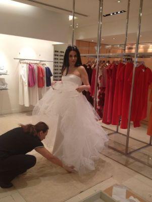 ...con l'abito da sposa MAX MARA