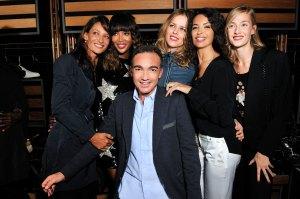 Antonio Gallo con Marpessa, Naomi Campbell, Eva Herzigova, Afef Jnifen, Eva Riccobono